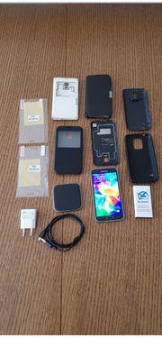 Samsung S5 mit viel Zubehör