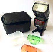 Nikon Speedlight SB-700 Flash with