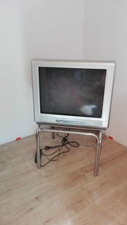 Alter funktionsfähiger Philips-Fernseher