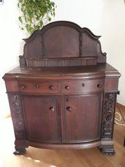 Antiker Schrank
