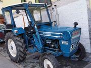 Traktor Ford Super Dexta