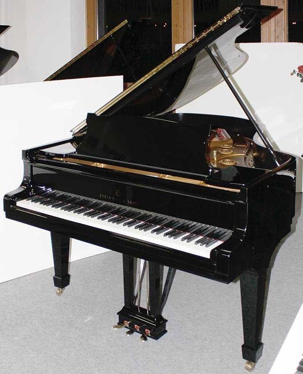 Klavier Flügel Steinway Sons A