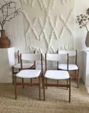 4 Stühle im boucle stoff