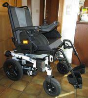 Neuwertiger Invacare® Bora® E-Rollstuhl