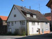 Wohnhaus mit Scheune und großem