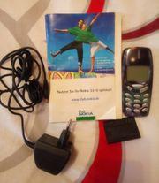 NOKIA 3310 mit Delphin Motiv
