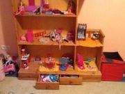 Puppenhaus auch für Barbie geeignet