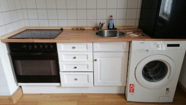 Küche mit Herd ende 8. 21 gegen Abholung