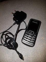 Handy Samsung GT-E1050