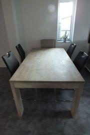 Toller großer Holzesstisch