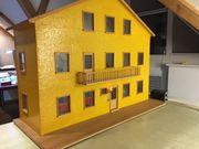 Puppenhaus 3 Etagen Eigenbau aus