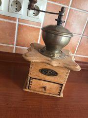 Kaffeemühle Antik