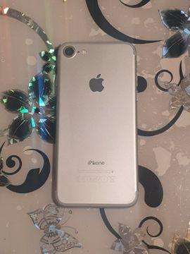 Apple iPhone - Iphone 7 32GB Risse am