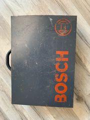 Bosch Koffer mit diversen Schrauben
