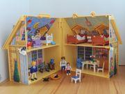 Playmobil Puppenhaus mit viel Accessoires