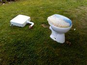 Waschbecken und Toiletten zu verkaufen