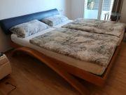 Tolles Bett aus Vollholz 200cm