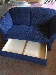 2-Sitzer Couch mit Kasten Sofa