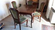 Esszimmerisch mit 4 passenden Stühlen