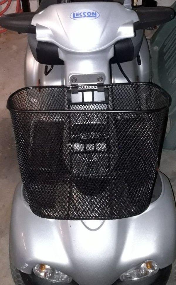 Elektromobil gebraucht neuwertig