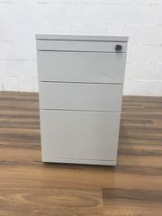 Standcontainer von Steelcase
