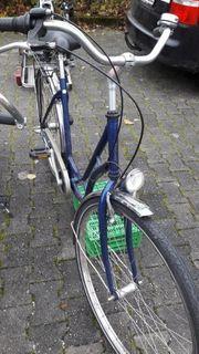 Damen Fahrrad fahrbereit