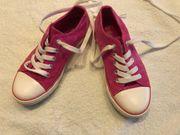 Stoffschuhe in Pink Gr 32