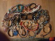 Modeschmuck 120 Teile Halsketten Armketten