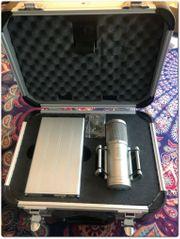 Brauner Velvet Röhrenmikrofon