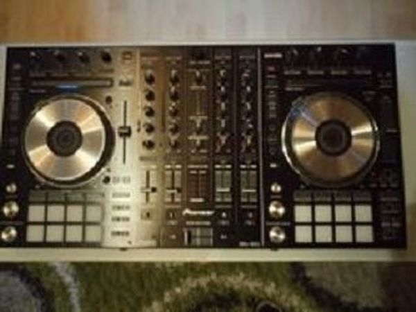 Pioneer DDJ-SX2 2 M-Audio Bx8