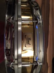 Pearl Free Floating Snare Brass