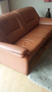 Couch und Sessel Leder terakottafarben