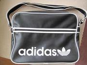 Umhängetasche Sporttasche schwarz