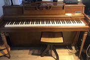 Klavier Wurlitzer