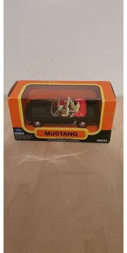 Modell Auto Mustang