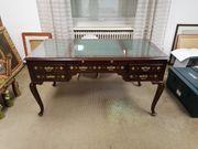 Klassischer Schreibtisch aus Rosenholz