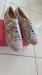 Damen Sneaker Gr 40 neu