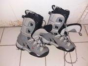 Snowboard-Schuhe