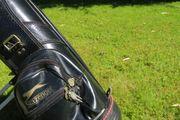 Golfausrüstung Cart und Bag