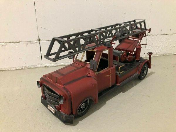 Feuerwehrauto Leiterwagen Blechauto Nostalgie Retro