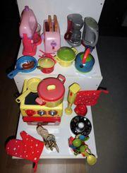 Kochgeschirr für Puppenfreunde von Maggi