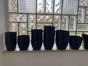 Blumentöpfe in schwarz 26 Stück