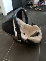 Maxicosi Pebble mit Isofix Station