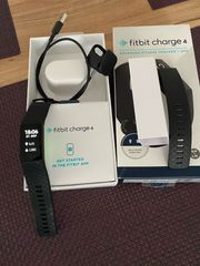 Fit Bit Charge 4