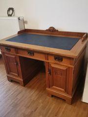 Jugendstil-Schreibtisch