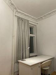 Edler Vintage Schreibtisch in Weiß
