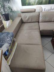 Ledersofa mit verstellbarer Sitzfläche