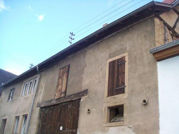 Bilder Massives Sandsteinhaus Scheune Stall