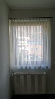 Vorhang mit Vorhangstange