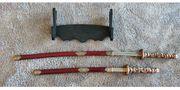 DEKO Samurai Schwerter rot mit